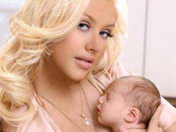 Кристина Агилера родила дочку