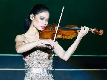 Ванесса Мэй проведет рождественский концерт в Москве