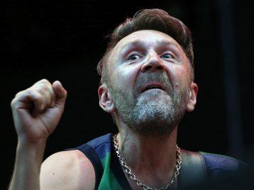 Прокуратура признала сатирой клип группы «Ленинград» «В Питере — пить»