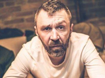 Сергей Шнуров представил новую песню для детской передачи