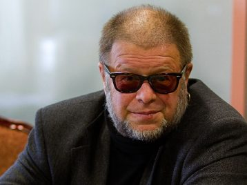 Бориса Гребенщикова не узнали в переходе новосибирского метро