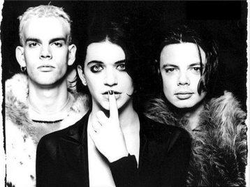 «Placebo» сорвали первый концерт юбилейного тура