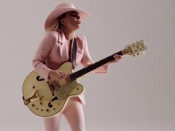 Леди Гага: и у меня на это миллион причин