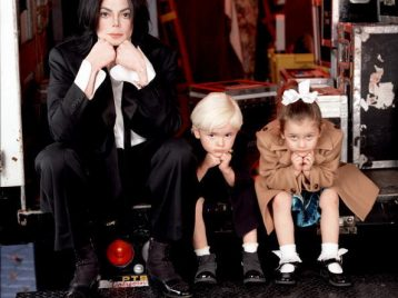Дочь Майкла Джексона прервала затворничество, чтобы рассказать правду о смерти отца