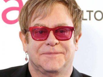 Бродвейская постановка «Дьявол носит Прада» будет озвучена Элтоном Джоном