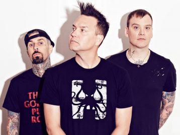 Неожиданная коллаборация: «Blink 182» и «Linkin park» объединилось для съемок в комедийной короткометражке