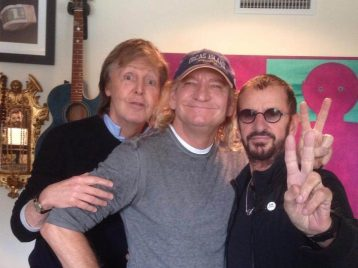 Не без помощи друзей: на новом альбоме Ринго Старра соберется звездная команда