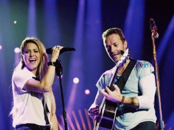 Премьер-министр Канады поприветствовал дуэт «Coldplay» и Шакиры на сцене