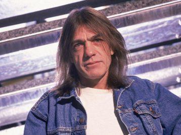 Малькольм Янг из «AC/DC» похоронен на одном из австралийских кладбищ