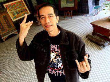 Датский премьер-министр подарил бокс-сет «Metallica» президенту Индонезии