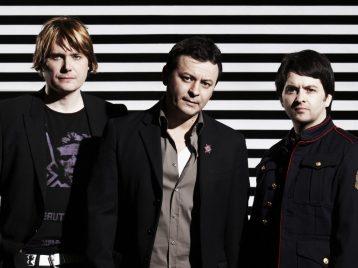 «Guns'n'roses» возьмут с собой в тур «Manic street preachers»