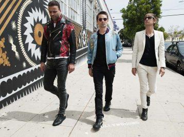 Скоро диск: «Muse» выложили видео из студии