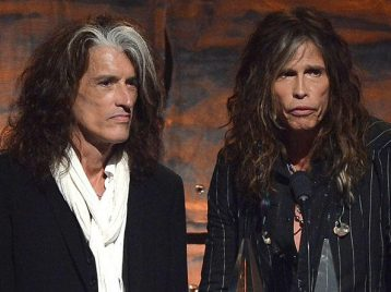 Ржавый гастрольный автобус молодых Aerosmith был найден заброшенным влесу