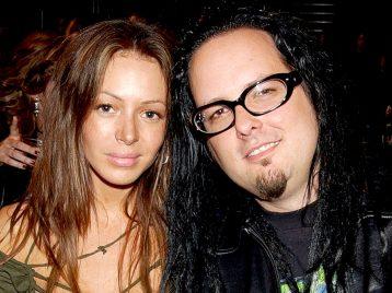 Жена Джонатана Дэвиса из Korn погибла в результате случайной передозировки