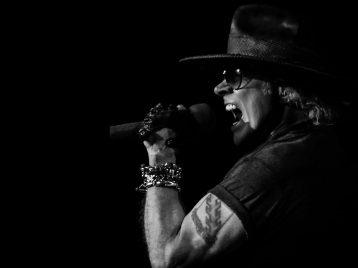 Эксл Роуз из Guns N'Roses обрушился на президента Трампа