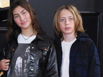 Дети Криса Корнелла из Soundgarden получили посмертную награду Грэмми за отца