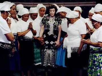 Мадонна присоединяется к потомкам рабов в клипе Batuka