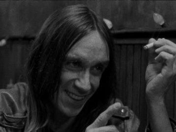 Игги Поп рассказал, зачем курил паутину
