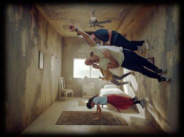 Великолепно иужасно: Coldplay выпустили клип Orphan