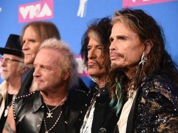 Выступление Aerosmith наГрэмми прошло без штатного барабанщика