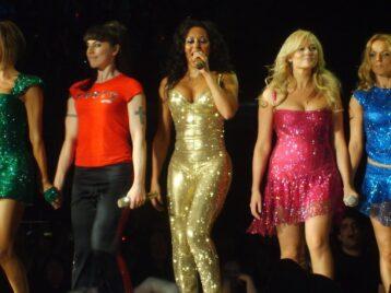 «Мы гордимся своим наследием»: Spice girls хотят собраться для концертов