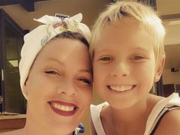 9-летняя дочь Pink запела