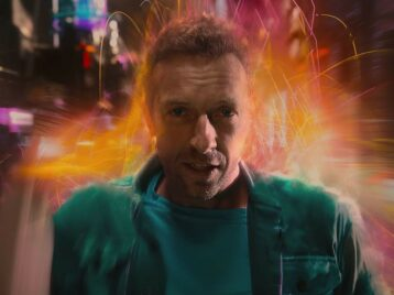 «Как начужой планете»: Coldplay сняли sci-fi-клип