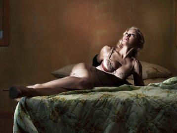 Мадонна назло хакерам разместила в сети песни нового альбома бесплатно