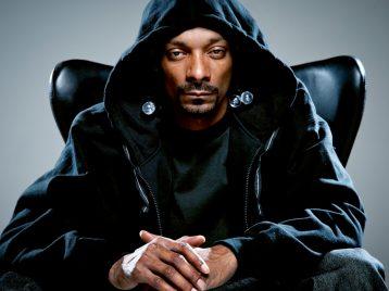 На концерте Snoop Dog в Нью-Джерси рухнуло ограждение, десятки пострадавших
