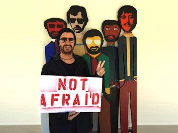 Кит Ричардс, Ринго Старр и другие рок-звёзды поддержали акцию против ксенофобии