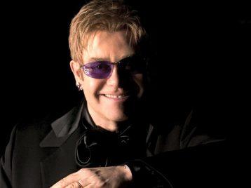 Три лучших хита Элтона Джона будут экранизированы молодыми талантами