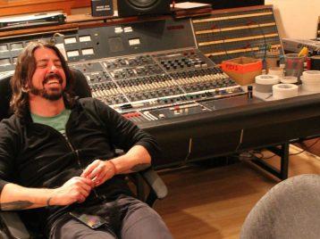 «Foo fighters» обещают записать альбом в этом году