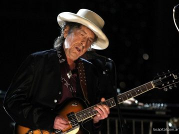 Нобелевская премия и Боб Дилан: награда нашла своего героя
