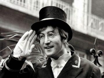 Жизнь Джона Леннона станет комиксом