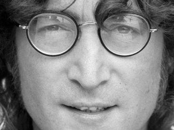 Игрушечный Джон Леннон появится на полках магазинов