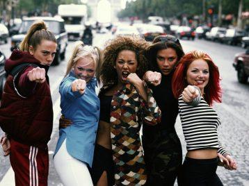 Girl power! «Spice girls» заменят Бэтмена и Супермена