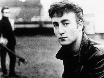 Убийце Джона Леннона несмягчили наказание