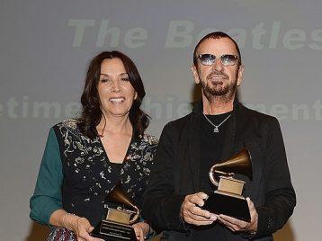 Ринго Старр из Beatles получил премию имени Джорджа Харрисона