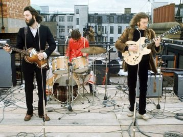 Beatles после «Властелина колец»: Питер Джексон снимет байопик оливерпульской четверке