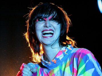 Снова сольно: Карен О из Yeah yeah yeahs выпустила новую песню