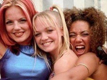 Пока остальные участницы Spice girls ругаются, Эмма Бантон выпускает сольный трек