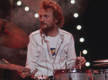 Вего игре было столько свободы: барабанщик Cream умер вбольнице