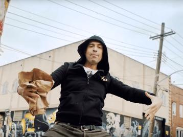 Как живут музыканты: «Ногу свело!» показали клип напесню «Хочу бодаться»