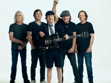 AC/DC представили новую песню, записанную классическим составом